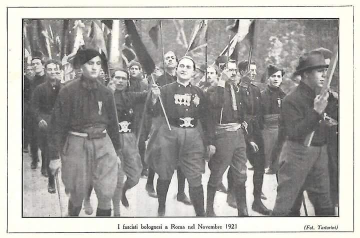 21 Novembre 1920: l'eccidio di Palazzo D'Accursio come nascita del fascismo